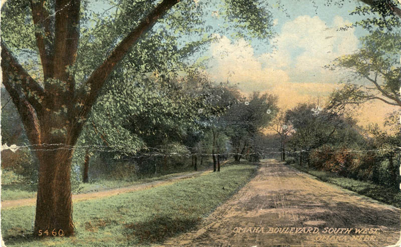 Omaha Boulevard, from the Omaha LHPC Postcard Collection.